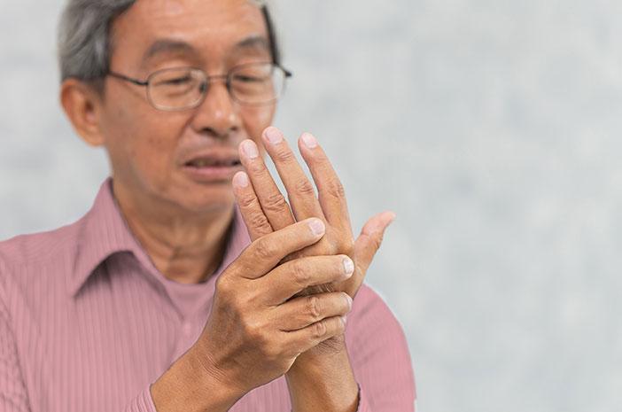 Bukan Cuma Orang Tua, Anak Muda Juga Bisa Kena Rheumatoid Arthritis