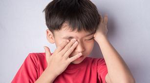 Cermati Tanda Anak Idap Retinoblastoma