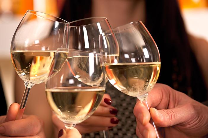 Rayakan Tahun Baru dengan Wine, Ketahui Manfaatnya
