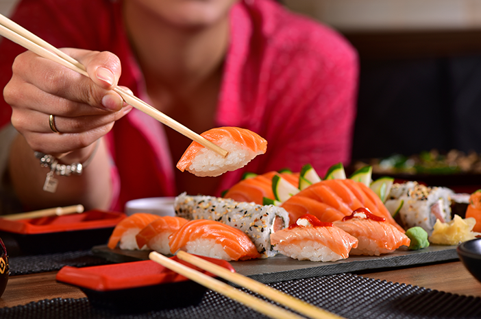 Makan Enak dan Tetap Ramping dengan Intuitive Eating