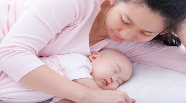 Perhatikan Waktu Tidur Bayi untuk Tumbuh Kembang Si Kecil