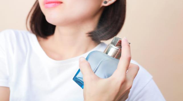 Suka Menggunakan Parfum? Cari Tahu Dulu Dampaknya