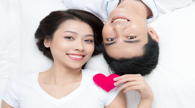 Hubungan Intim dengan Kondom, Amankah untuk Miss V?