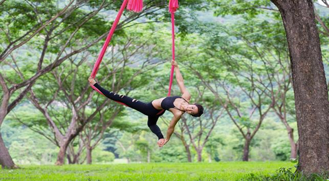 Ingin Bentuk Tubuh Indah? Ikuti Swing Yoga
