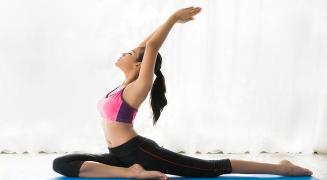6 Gerakan Yoga yang Bisa Dilakukan di Rumah