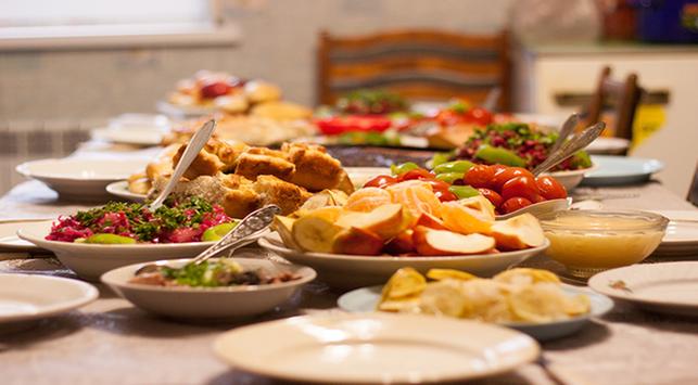 Biar Lebih Produktif, Hindari Konsumsi 5 Makanan Ini