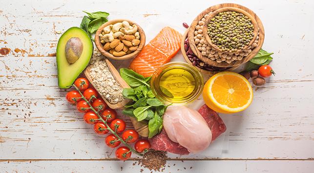 Nutrisi yang Dibutuhkan di Usia Pertengahan
