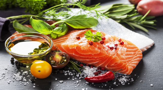 8 Makanan yang Perlu Dihindari Saat Hamil