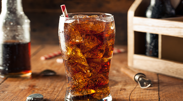 Sering Minum Soda? Hati-hati Bahaya Ini