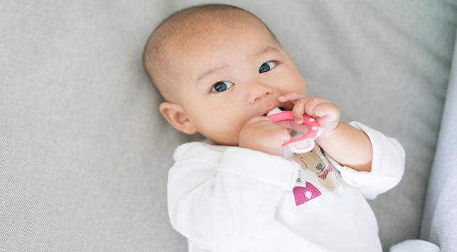 Tips Memilih Mainan Aman untuk Anak di Bawah 1 Tahun