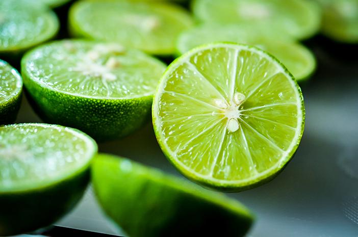 6 Manfaat Jeruk Nipis untuk Kesehatan Tubuh