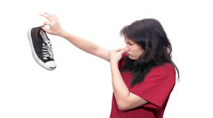 3 Trik Atasi Bau Kaki yang Mengganggu Aktivitas