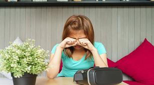 Ini 12 Gejala Blefaritis, Peradangan pada Kelopak Mata