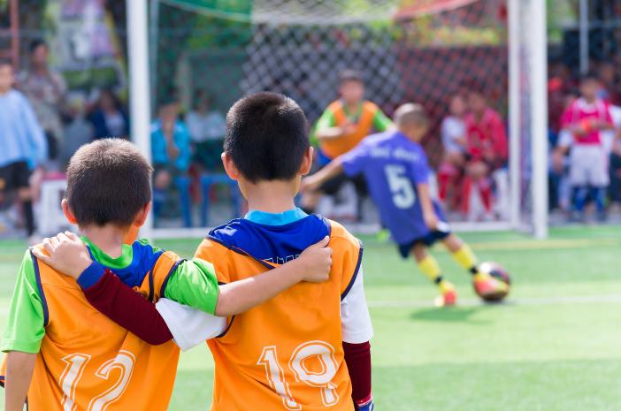 7 Cara Melindungi Anak dari Cedera Olahraga