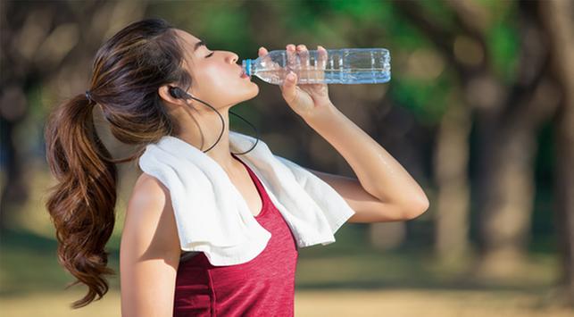 Setelah Berolahraga, Berapa Banyak Air yang Mesti Diminum?
