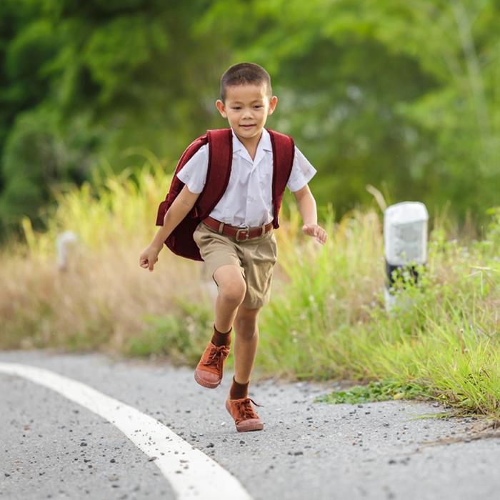 meningkatkan mood anak, cara meningkatkan mood anak, anak kembali sekolah, anak semangat ke sekolah