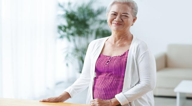 penyebab tubuh alami hot flashes, menopause, perubahan hormon