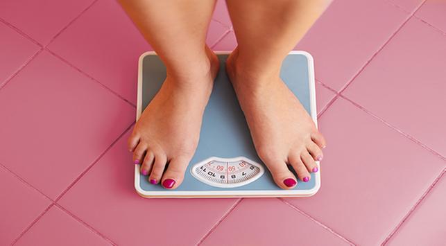 cara menghitung berat badan ideal, berat badan ideal, berat badan