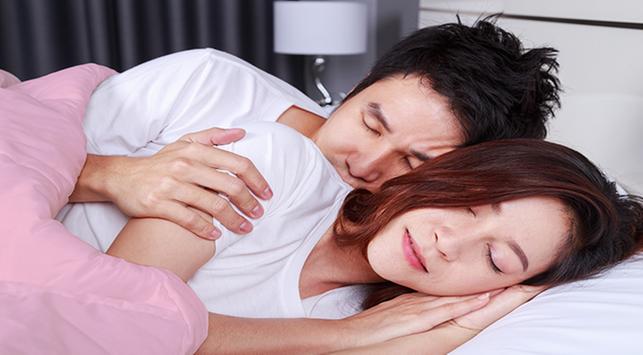 3 Alasan Seks Bikin Tidur Lebih Nyenyak