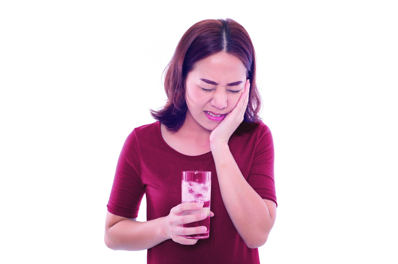 Makanan dan minuman penyebab gigi ngilu, gigi sensitif, gigi ngilu