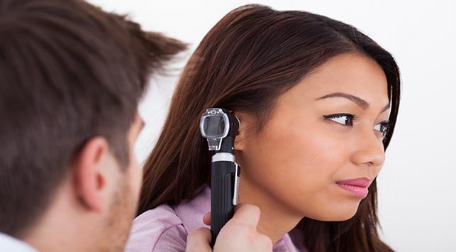 nyeri di telinga,nyeri telinga,otitis media