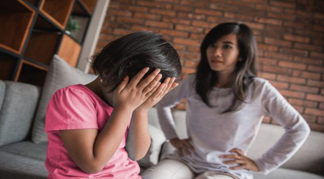 Ini 4 Akibat Pola Asuh Otoriter pada Anak