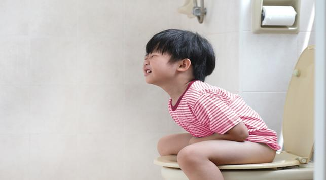 fimosis, gejala fimosis, penyebab fimosis, sulit buang air kecil