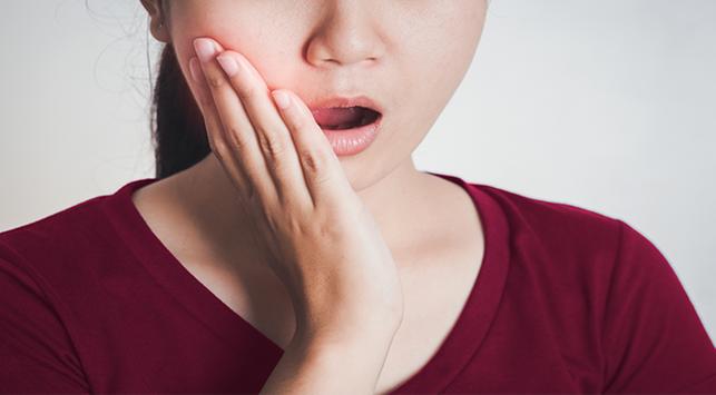 mengatasi sariawan di lidah