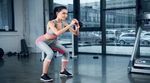 Tips Squat yang Efektif untuk Mengencangkan Paha