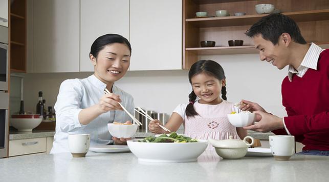 Makan bersama, keluarga, makan bersama anak