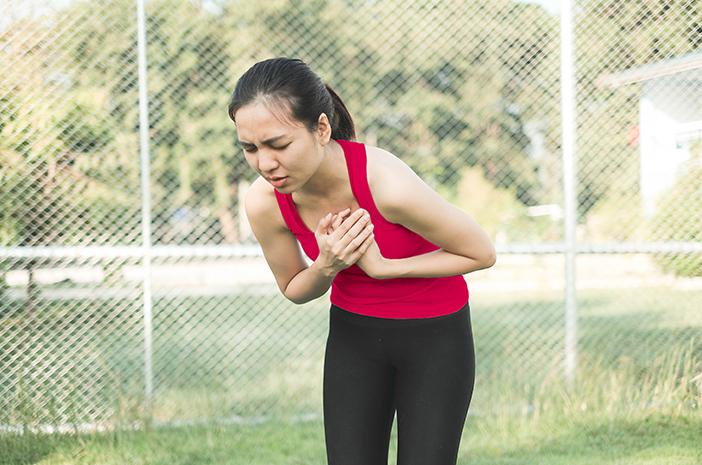 Dada Sakit Serasa Ditusuk Jarum, Inilah 12 Gejala Lain Penyakit Pleuritis