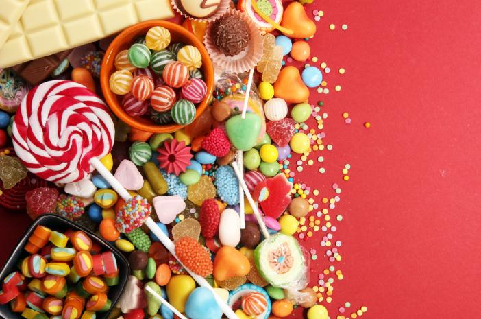 Ibu Perlu Perhatikan Ini Saat Anak-Anak Serbu Candy Cane Saat Natal