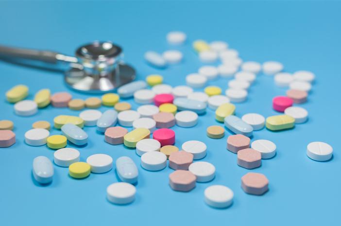 Ini Beda Kecanduan dan Ketergantungan Obat