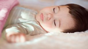 Faktor yang Bisa Menyebabkan Bayi Alami Tongue-tie