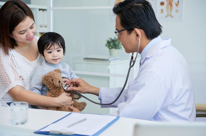 Peduli Kesehatan Ibu, Ini Hal yang Harus Dilakukan Anak