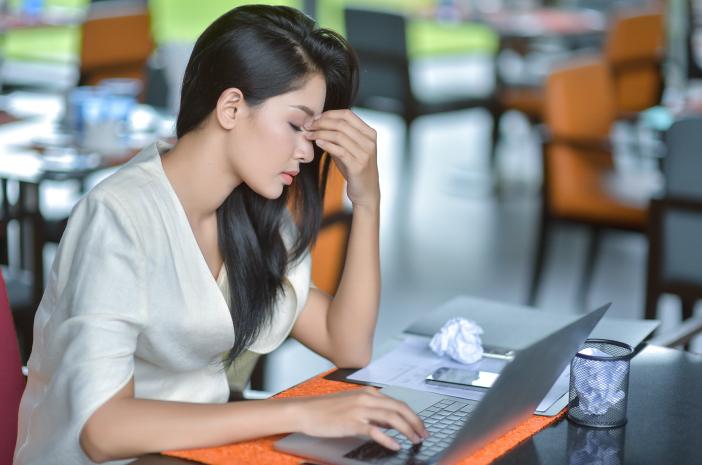 Stres Akibat Pekerjaan Juga Bisa Sebabkan Asam Lambung