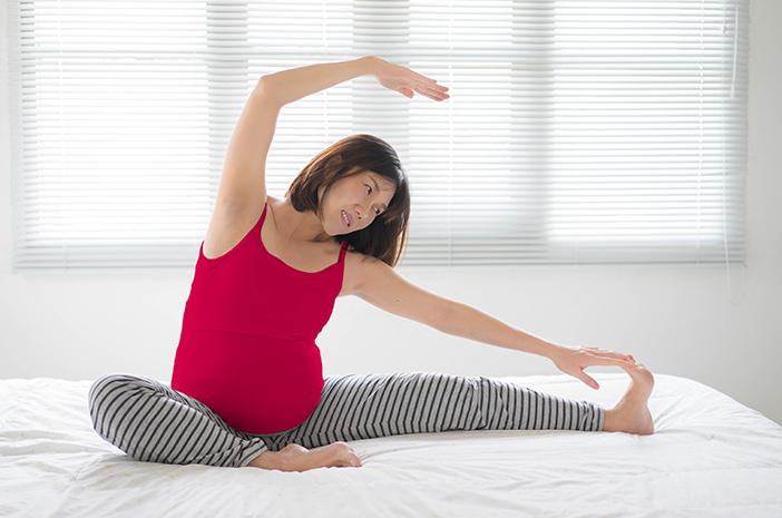 Tips Ibu Hamil Tetap Aman Beraktivitas dan Terhindar dari Sakit Pinggang