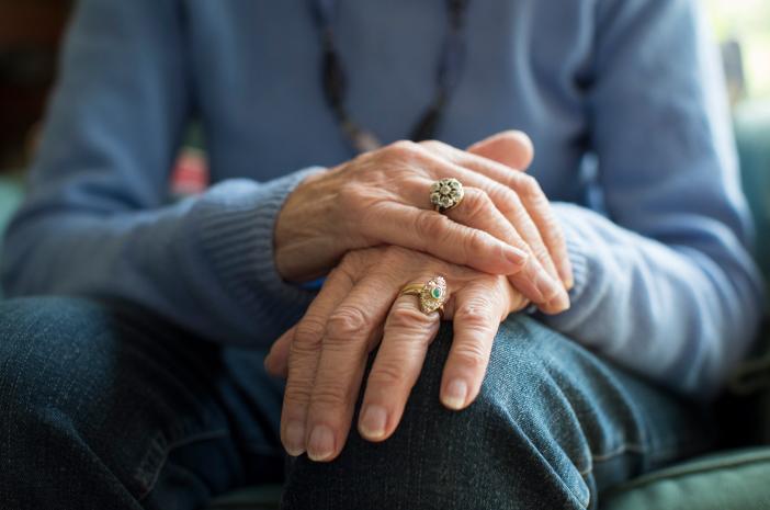 4 Cara Mencegah Penyakit Parkinson Secara Alami